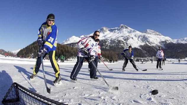 das-pondhockey-kehrt-auf-den-champfèrsee-zurück