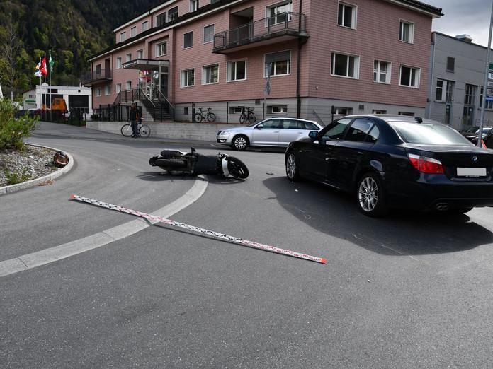 Kollision in Churer Kreisel fordert zwei Verletzte