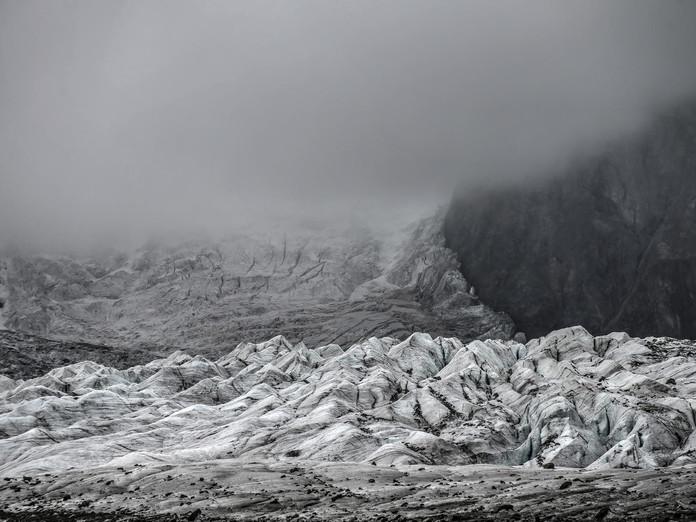 Bündner will Gletscher mit Schnee retten