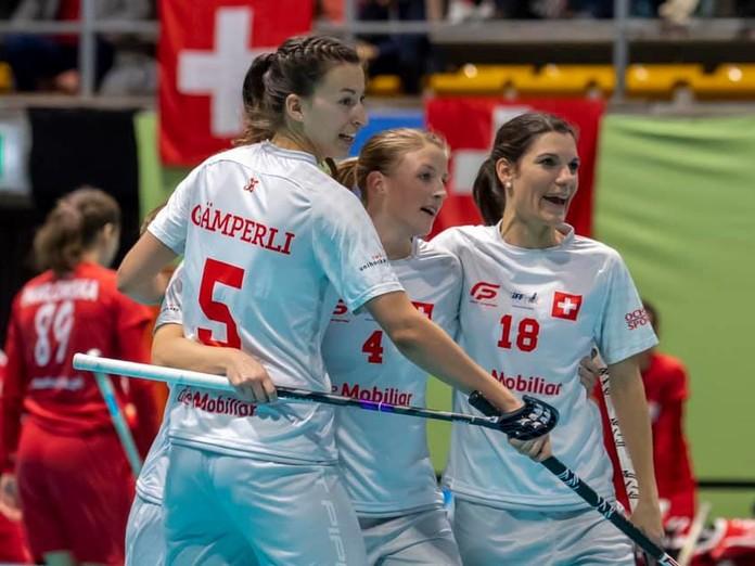 Schweizerinnen mit Pflichtsieg über Polen