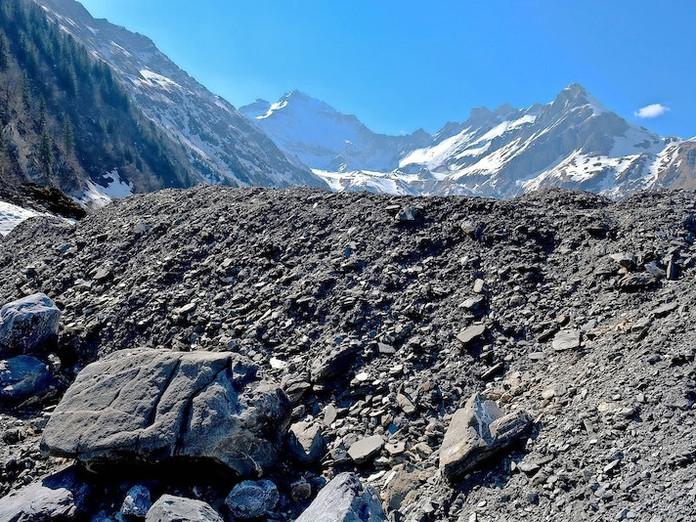 Nach Erdbeben In Elm Zwei Dutzend Nachbeben Suedostschweiz Ch