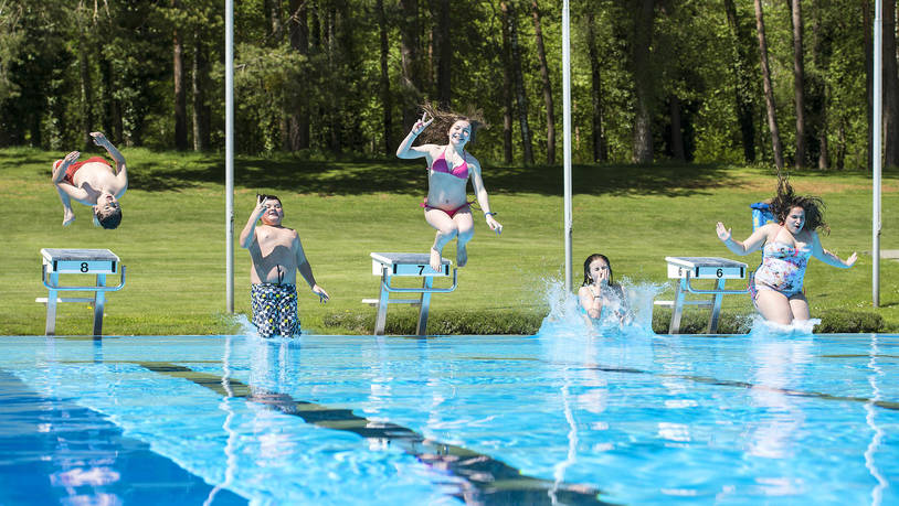 Obere Au Schwimmbad baden