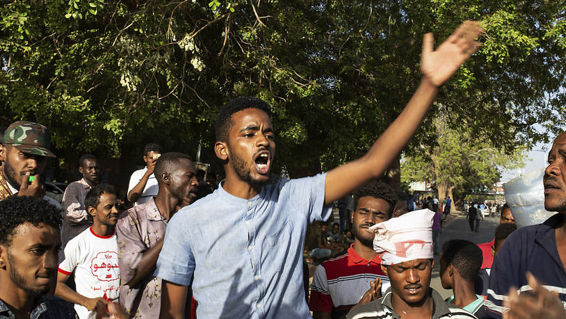 Tote Bei Schüssen Vor Armee-Hauptquartier In Khartum