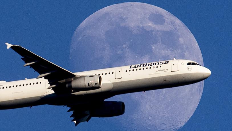Swiss-Mutter-Lufthansa-dampft-Gewinnziel-ein-Preiskampf-belastet