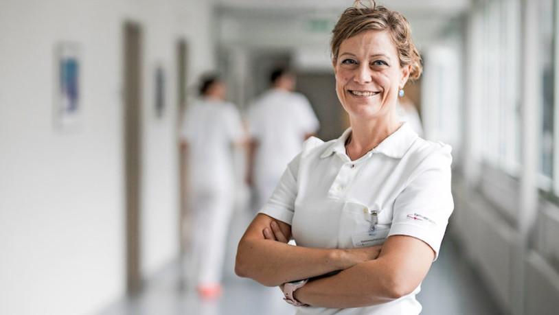 Die Krankenschwester mit Doktortitel - suedostschweiz.ch