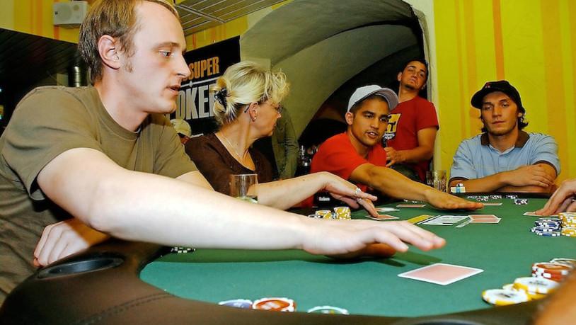 Pokern Um Geld