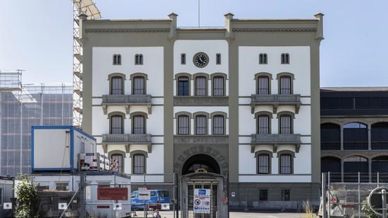Das bekannteste Gebäude des Waffenplatzes Thun: Die Mannschaftskaserne 1 aus dem Jahr 1866.