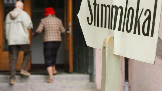 In Basel-Stadt sollen Ausländerinnen und Ausländer das aktive und erstmals in er Schweiz auch das passive Stimm- und Wahlrecht erhalten.