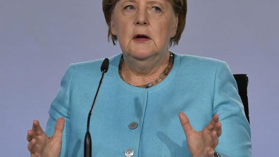Mit einem milliardenschweren Konjunkturpaket will die deutsche Regierung unter Bundeskanzlerin Angela Merkel die Wirtschaft ankurbeln.