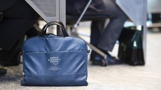 Grosser Rat Grossrat  Dezembersession WEF World Economic Forum Tasche
