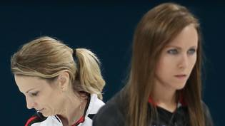 Am Canadian Open im Final: die Skips Silvana Tirinzoni (links) und Rachel Homan