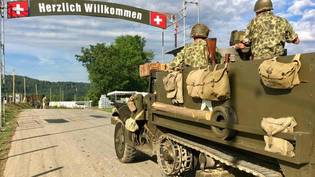 "Die Internationale Militär-Oldtimer-Show ""Convoy to Remember"" in Birmenstorf AG lockt viele Armeefans an."