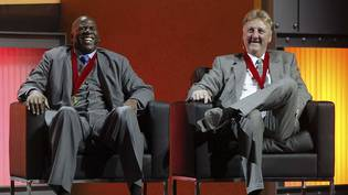 "Die Erzrivalen Earvin ""Magic"" Johnson (links) und Larry Bird im März 2009"